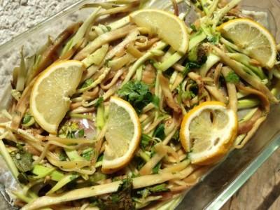 Lieu noir et spaghettis de légumes