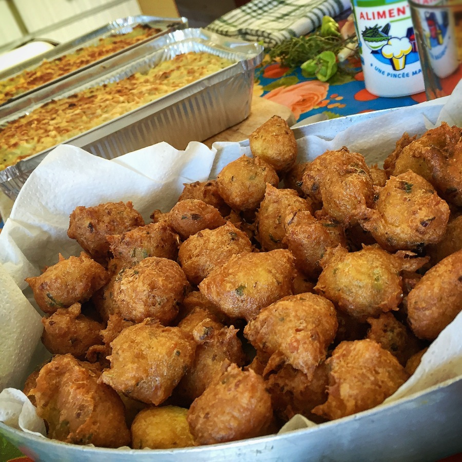 Accras de morue papa en cuisine - Recette cuisine antillaise ...